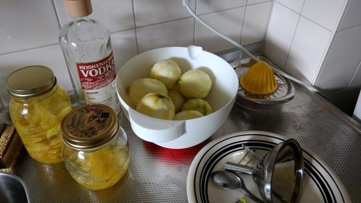 limoncello in de maak